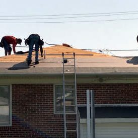 Roofing Contractor Superior Services of PA & MD offering roof replacements in New Oxford PA 17350. Click for more on this roofing job.